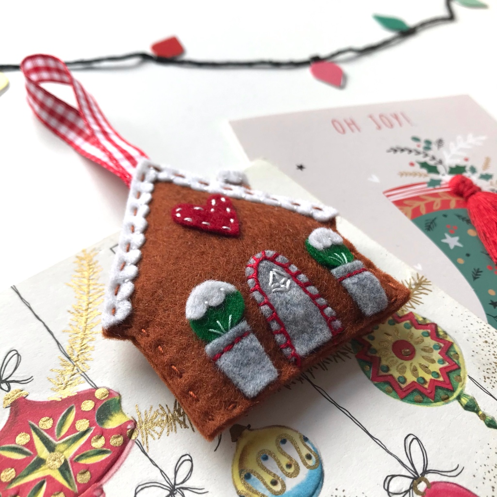 Gingerbread House Tree Decoration